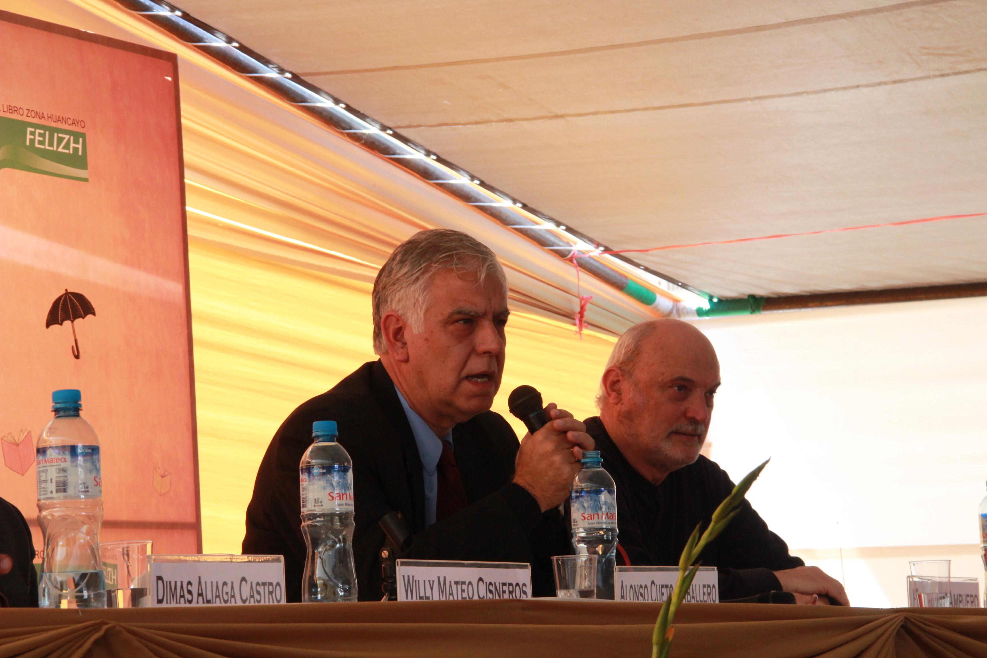 Inauguración FELIZH2013 (9) Alonso Cueto