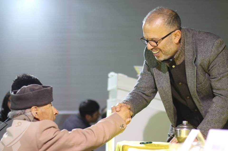 """César Vargar, uno de los ganadores del libro """"Memorias del futuro"""""""