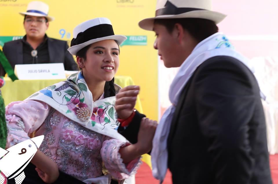 Danzantes llegaron desde Jauja para compartirnos la alegría del Carnaval Jaujino.